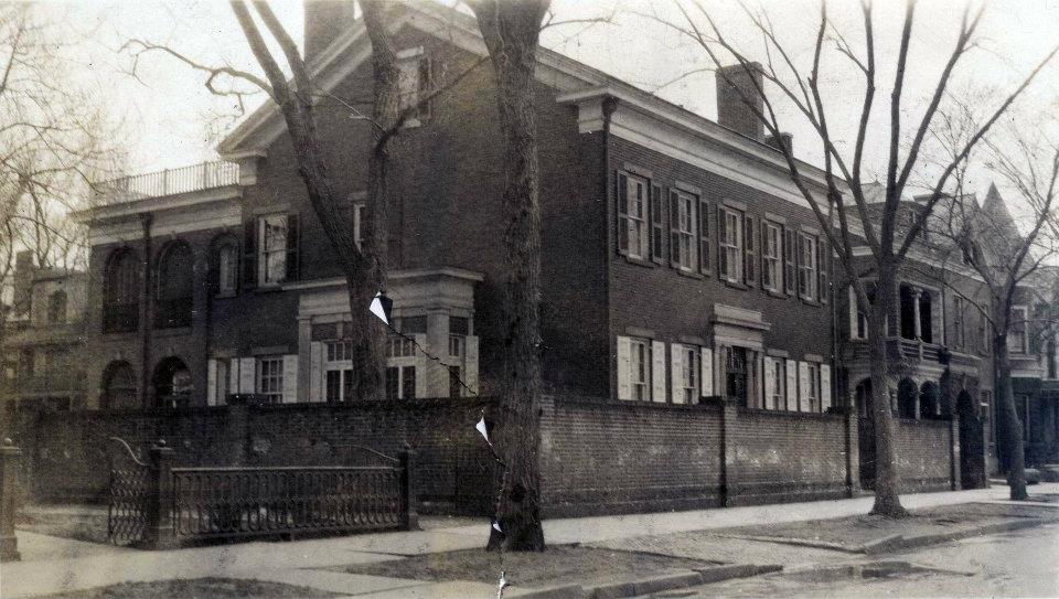 Late 1920s photo of Col  Dorrance Reynold's house on South